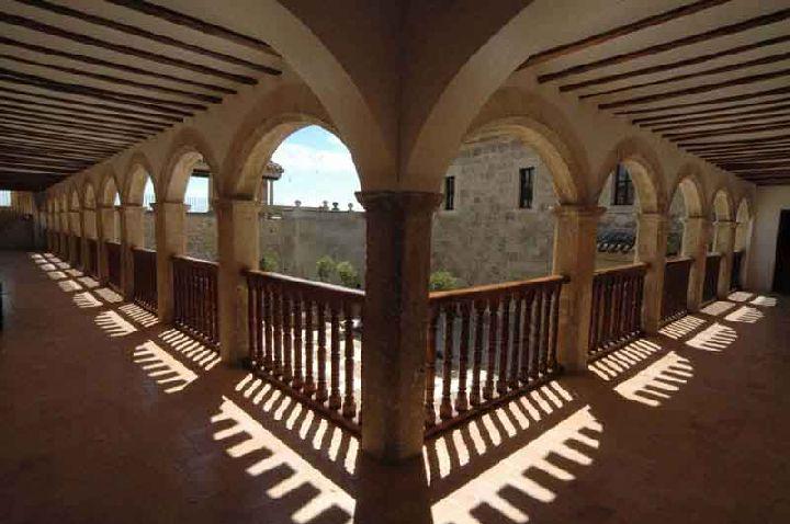 caravaca_museo_vera_cruz_claustro_del_santuario